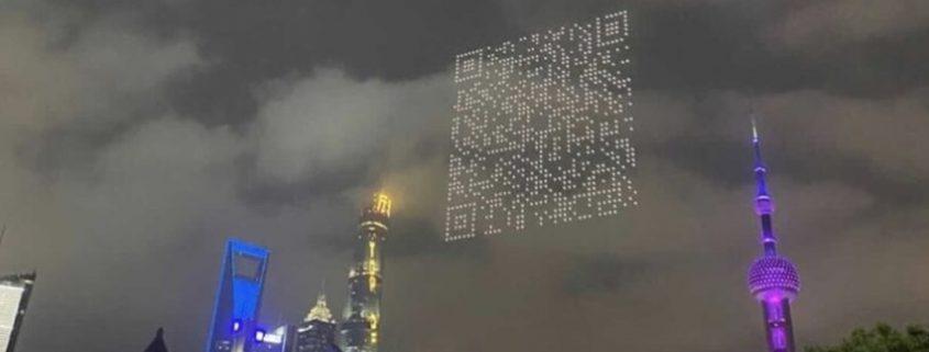 Drones formam QR Code gigante para baixar jogo na China